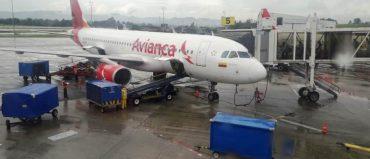 Avianca cancela 10 rutas internacionales y una en Colombia